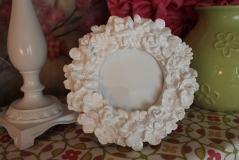 "4"" Round White Laquered Frame $29.50"