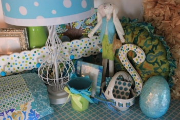 So many pretty things to mix & match into your room.