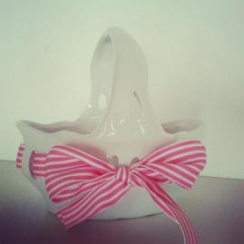 7″x7″ Ceramic Bow Basket $14.50 Adorable for sweet treasures