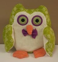 """10""""H Owly Pillow $35.50"""